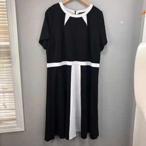 Eloquii Black and White Colorblock Dress Sz 22